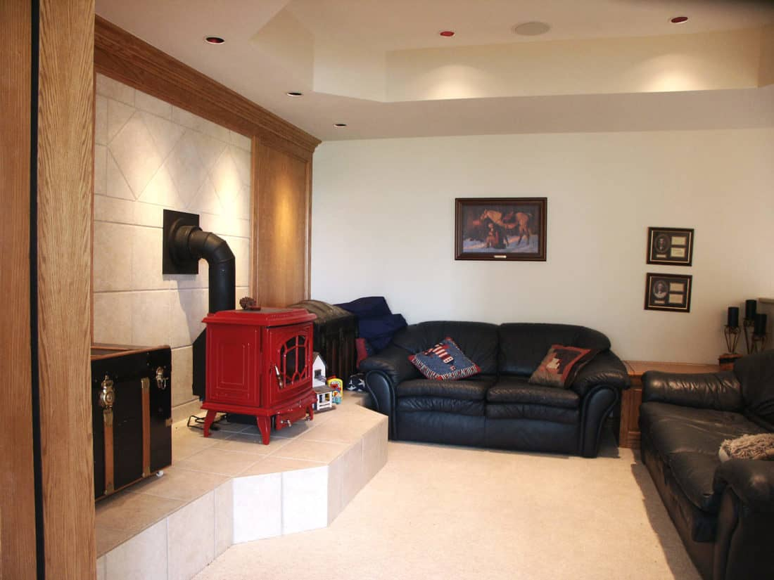 Golf-Course-House-Basement-Family-Room-1100x825.jpg